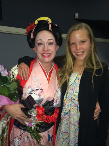 Lynnette Owens as Madama Butterfly with an opera going guest